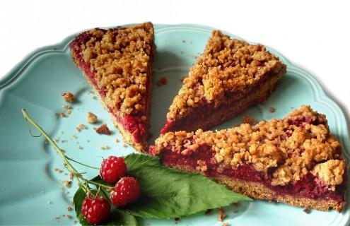 minimalistická kuchařka, food blog, recept, zdraví, zdravý, jednoduchý, minimalismus, minimalistický, jídlo, sladké, koláč, malinový, celozrnný, špaldová, mouka, maliny
